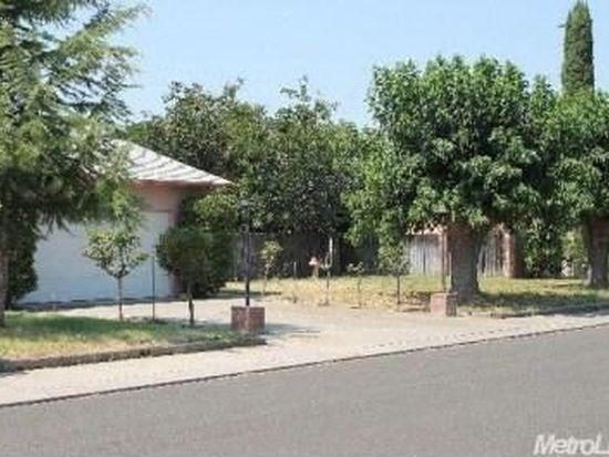 1704 Couchman Ln, Modesto, CA 95355