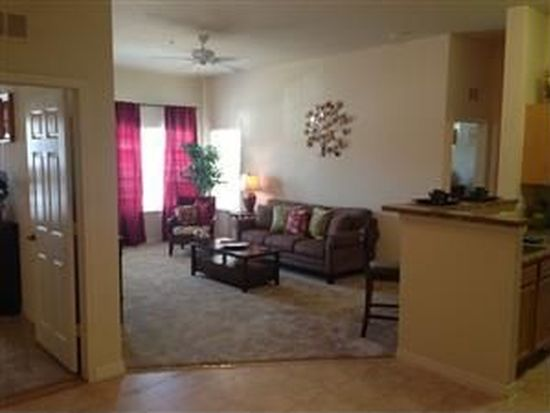 3628 Crestwood Lake Ave APT 207, Fort Myers, FL 33901