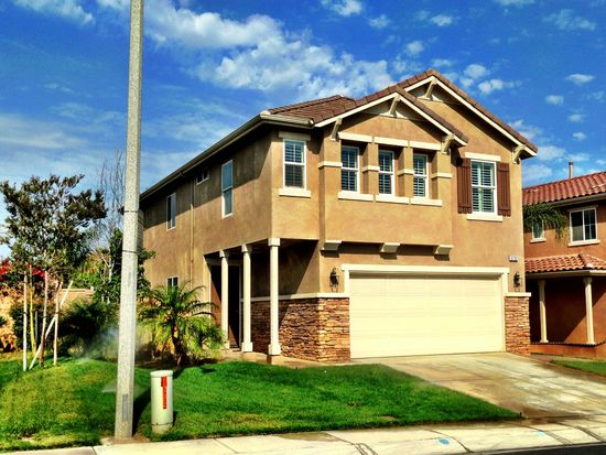 5732 Mapleview Dr, Jurupa Valley, CA 92509