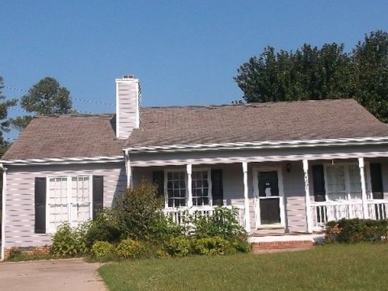 4201 Dinwiddie Ct, Raleigh, NC 27604