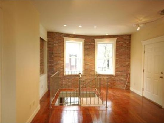 237 Webster St APT 1, Boston, MA 02128
