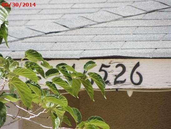 16526 Pine St, Hesperia, CA 92345