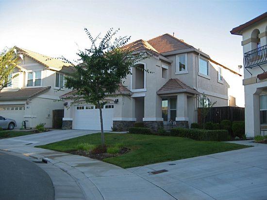 20500 Sarazen Ln, Patterson, CA 95363