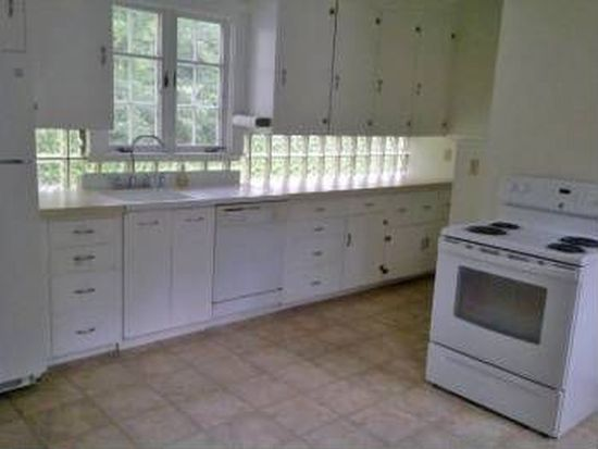 817 Central Ave, Dover, NH 03820