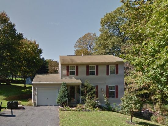 618 Grove Ave, Mohnton, PA 19540