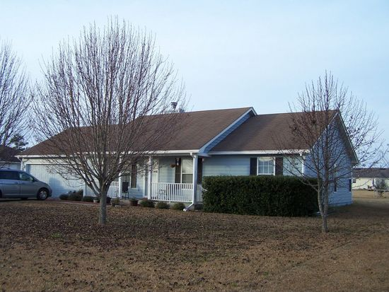3813 Trotters Ridge Cir, Valdosta, GA 31605