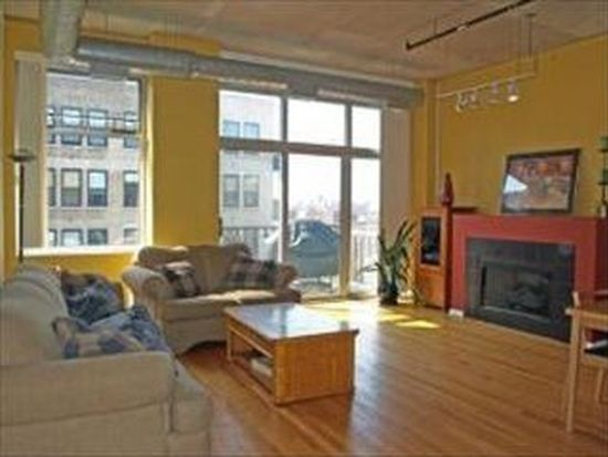 1000 W Adams St APT 622, Chicago, IL 60607