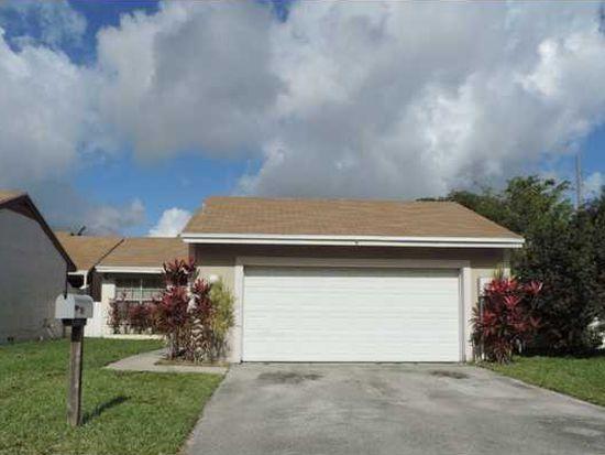 1302 Redstart Ct, Homestead, FL 33035