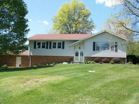 3035 Valley View Rd NE, Lancaster, OH 43130