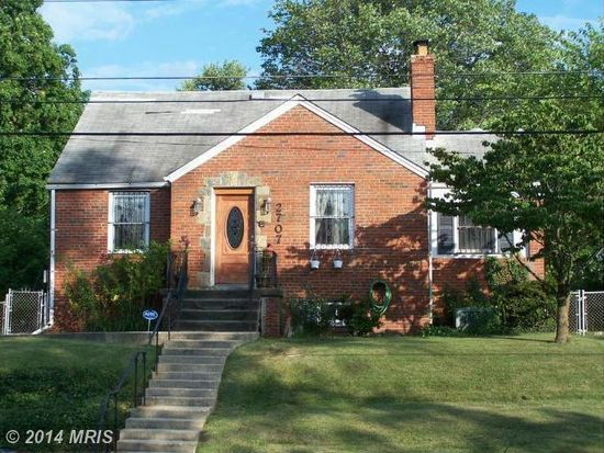 2707 Fairlawn St, Temple Hills, MD 20748