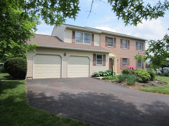 218 Holly Dr, Chalfont, PA 18914