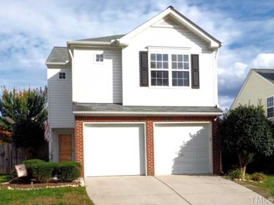 144 Lacombe Ct, Holly Springs, NC 27540