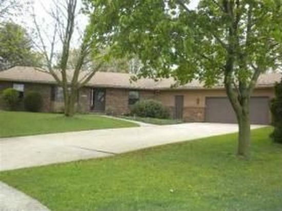 4202 Woodland Ct, Davenport, IA 52807