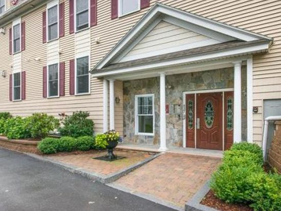 437 Winnacunnet Rd APT 302, Hampton, NH 03842