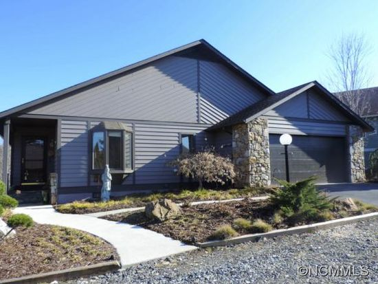 3 Zachary Ridge Rd, Asheville, NC 28804