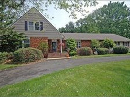 24 Briarcliffe Dr, Scotch Plains, NJ 07076