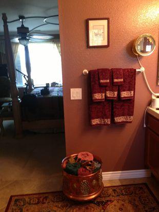 1519 Providence Dr, Vista, CA 92081