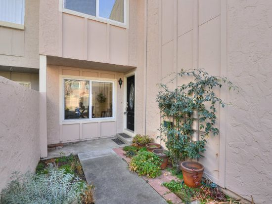 112 Pine Wood Ln, Los Gatos, CA 95032