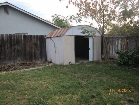 224 Tyler St, Patterson, CA 95363
