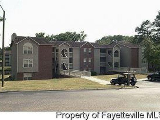 681 Bartons Landing Pl APT 5, Fayetteville, NC 28314