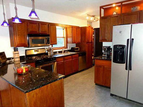 426 N Riverside Rd, Highland, NY 12528