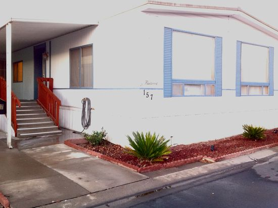 1001 Sylmar Ave SPC 157, Clovis, CA 93612