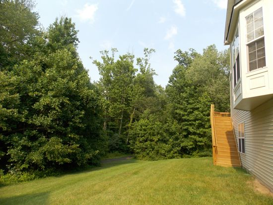 13238 Maple Creek Ln, Centreville, VA 20120