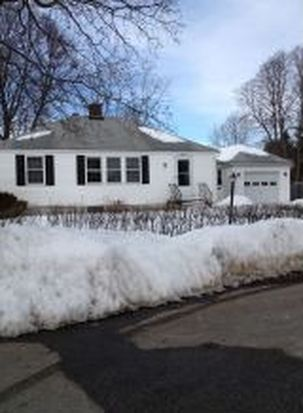 19 Hall Ct, Portsmouth, NH 03801