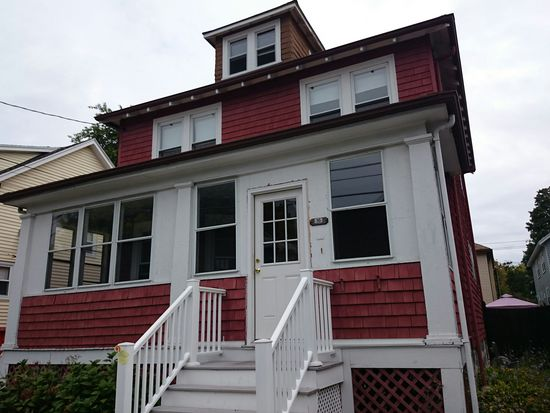 16 Lenoxdale Ave, Dorchester Center, MA 02124