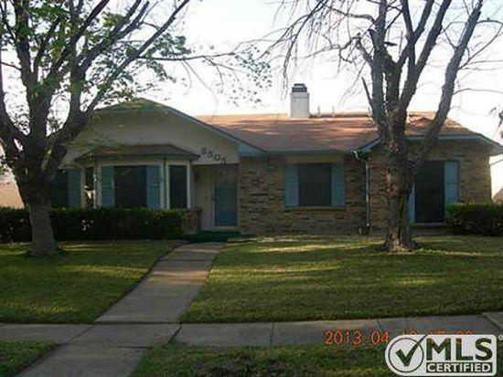 8505 Kensington Dr, Rowlett, TX 75088
