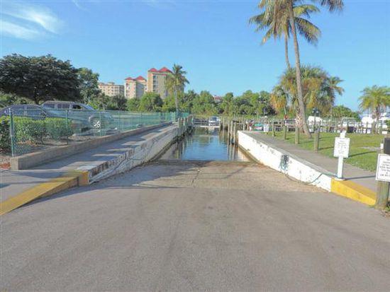 11696 Pointe Cir, Fort Myers, FL 33908