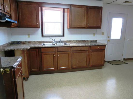 7606 Thompson Sharpsville Rd NE, Burghill, OH 44404