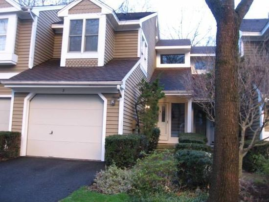 3 Brookside Ln, Bedminster, NJ 07921