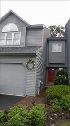 30 Ridge Ct, Saratoga Springs, NY 12866