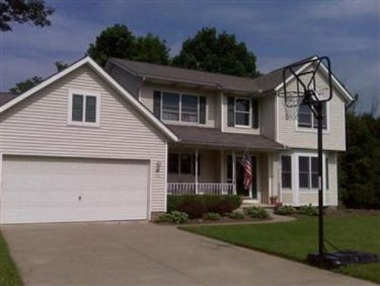 840 Lawrence Dr, Wadsworth, OH 44281