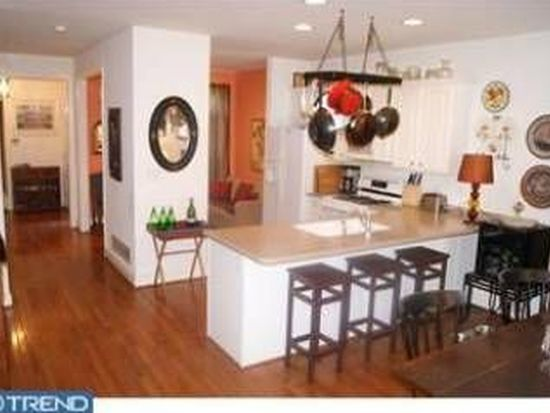 503 Whispering Brooke Dr, Newtown Square, PA 19073