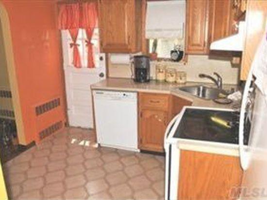 1607 Putney Rd, Valley Stream, NY 11580