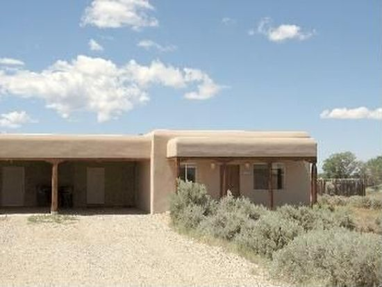 242 Roy Rd, Taos, NM 87571