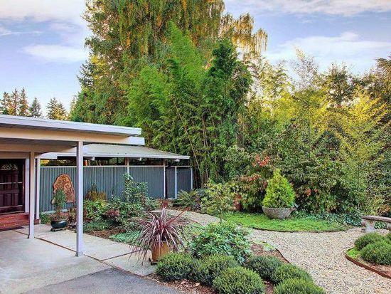 2705 NE 105th St, Seattle, WA 98125