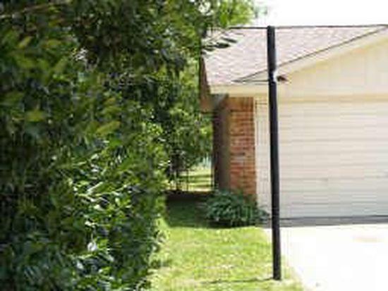 417 Live Oak Dr, Mansfield, TX 76063