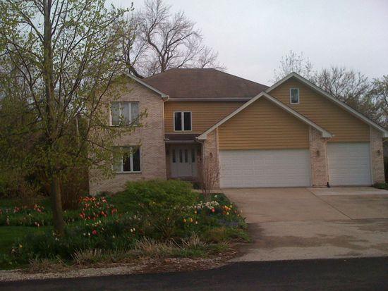903 Kenyon St, Downers Grove, IL 60516