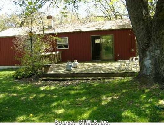 35 Woodpark Dr, Watertown, CT 06795
