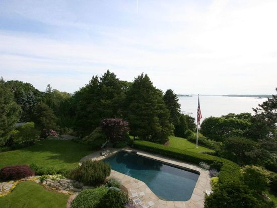 14 Smiths Point Rd, Manchester, MA 01944