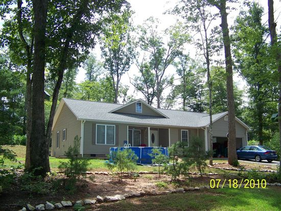 148 Winsome Forest Dr, Nebo, NC 28761