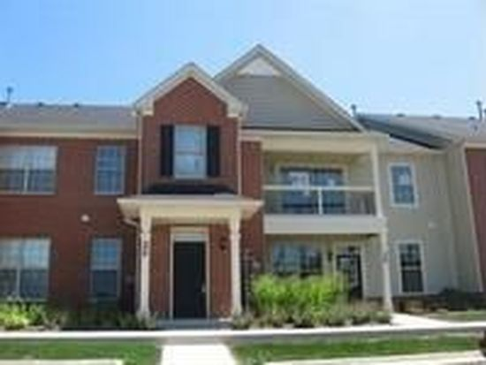 1038 Swift Rd UNIT 2E, Glen Ellyn, IL 60137