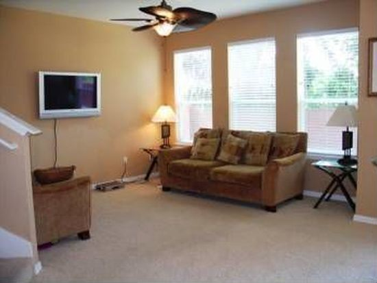 2020 Pine Oak Trl, Sanford, FL 32773