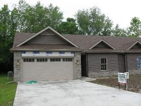 2175 Cottage Ct, Terre Haute, IN 47802