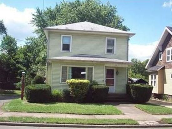 1048 Griswold St, Sharon, PA 16146