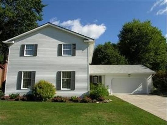 908 Dominion Dr, Westlake, OH 44145