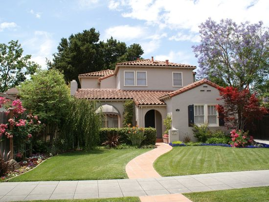 985 Plaza Dr, San Jose, CA 95125
